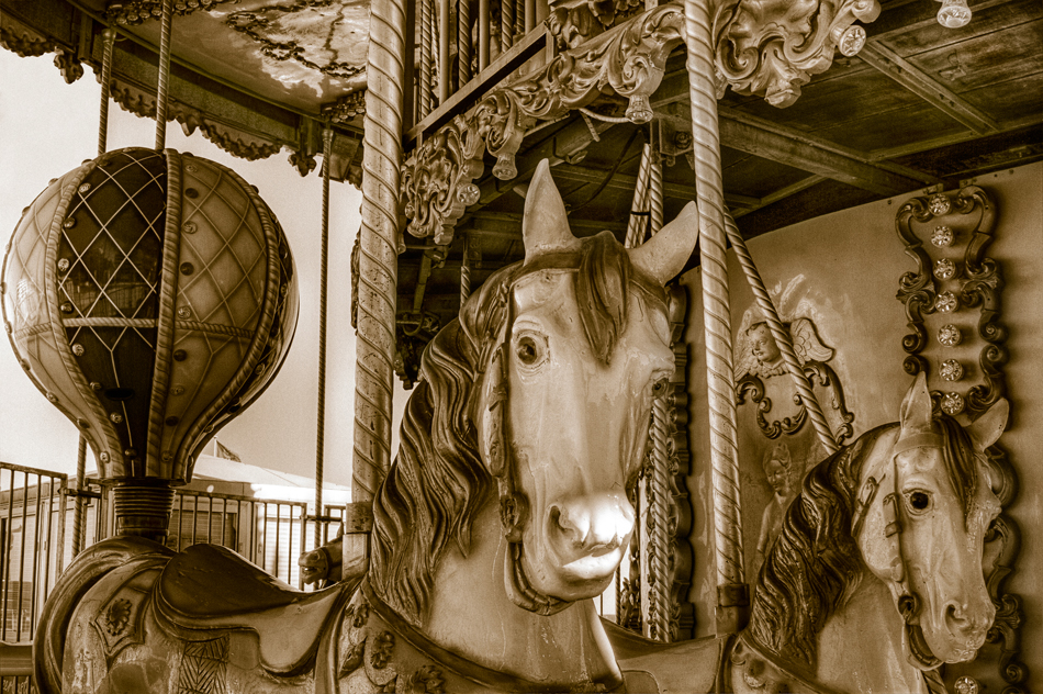 Canet Carousel Canet-en-Roussillon, France In the center of the this enchanting village, at the base of the Pyrénées in southern France, is this equally enchanting carousel.  I hope that it brings a smile to you this Sunday afternoon!
